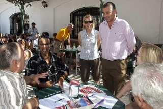 The Mayor visits language workshop in Arroyo de la Miel