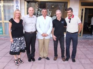 "The Mayor Javier Carnero visits ""Elim. Family Felowship"""