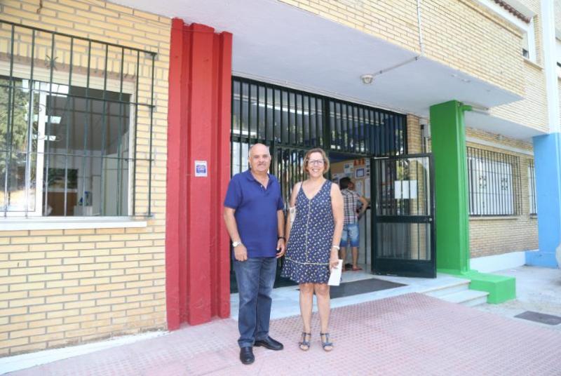 El Ayuntamiento de Benalmádena proyecta actuaciones de mejora en los centros educativos para el curso 2018/2019 por un valor de 300000 euros.