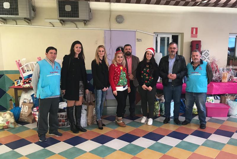 Los Concejales Bernardo Jiménez y Beatriz Olmedo colaboran en el desayuno navideño solidario del Centro de Educación Infantil Los Peques
