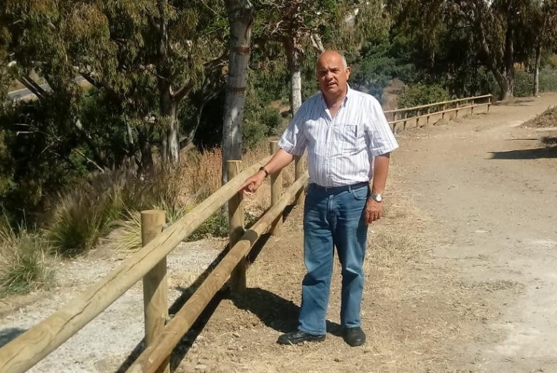 SERVICIOS OPERATIVOS ACOMETEN LA INSTALACIÓN DEL VALLADO EN FINCA CASABLANCA