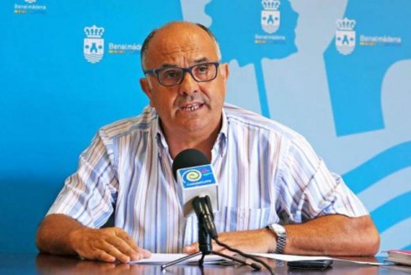 SERVICIOS OPERATIVOS ACOMETEN EL ARREGLO DEL ACCESO AL CEMENTERIO DE BENALMÁDENA PUEBLO