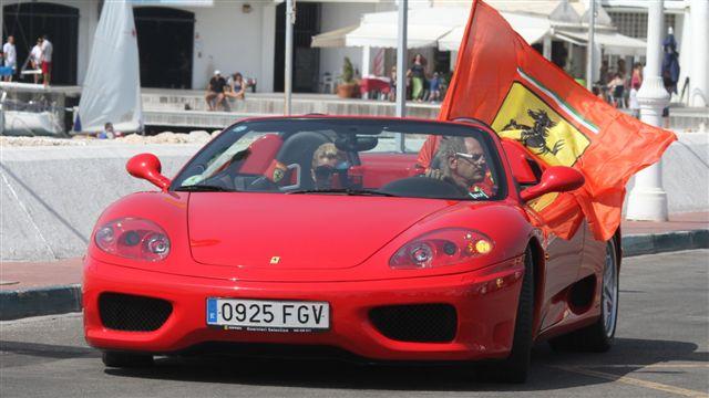 La pasion por los Ferrari llega al Puerto
