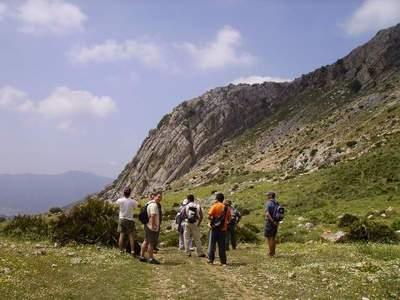 El Grupo Alpino Benalmádena continúa su actividad con el montañismo