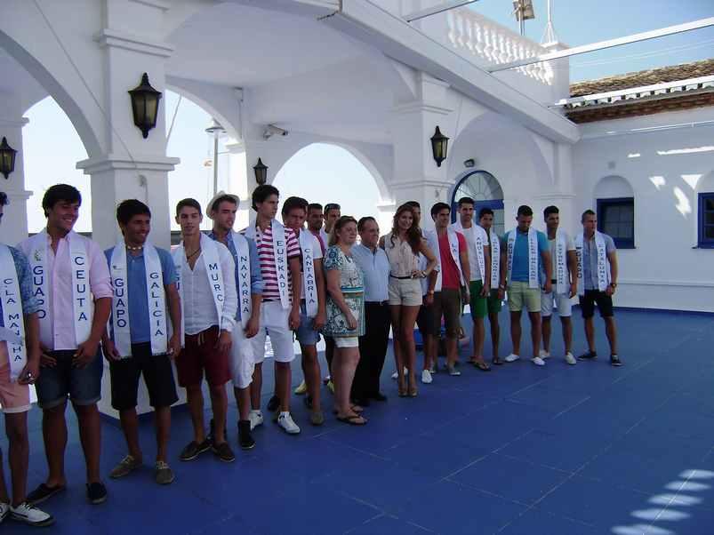Los Guapos Visitan el Puerto
