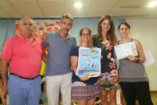 El Alcalde y la Concejala Irene Díaz participan en la clausura del primer campamento de verano de la asociación Abad