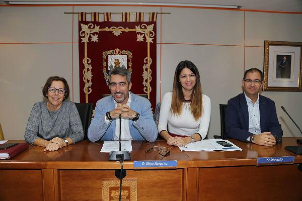 Benalmádena celebra la primera reunión de este curso de la Comisión Municipal de Absentismo Escolar