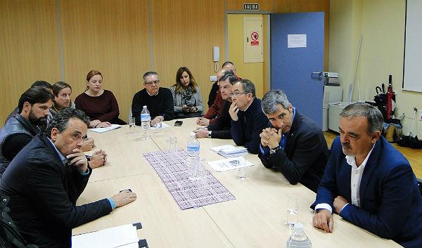 Los Alcaldes de Benalmádena y Torremolinos y los Ediles Francisco Marín y Bernardo Jiménez mantienen una reunión en la ACEB sobre la venta ambulante ilegal