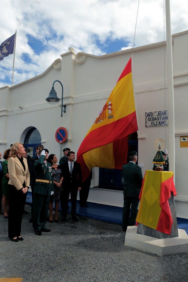 La alcaldesa preside los acotos en honor a la Virgen del Pilar, patrona de la Guardia Civil