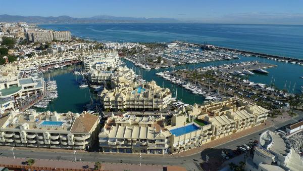 La Empresa Municipal Puerto Deportivo de Benalmádena arrojó en 2016 beneficios superiores al medio millón de euros