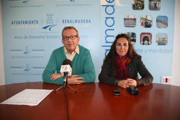Francisco Salido agradece la colaboración de los vecinos en la 'Caravana Solidaria'