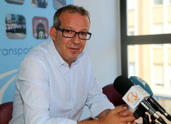 Francisco Salido agradece la colaboración prestada y solicita la participación de los vecinos en la 'Caravana Solidaria'