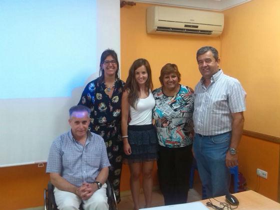 El Centro de Día Anica Torres acoge una charla sobre salud y dieta mediterránea