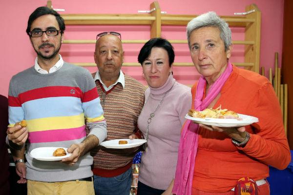 El centro de día 'Anica Torres' celebra la fiesta de finalización del primer trimestre de los talleres