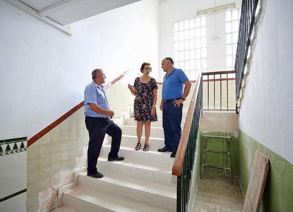 El Ayuntamiento de Benalmádena ultima los trabajos de mantenimiento y mejora en los centros educativos de cara al inicio del curso escolar