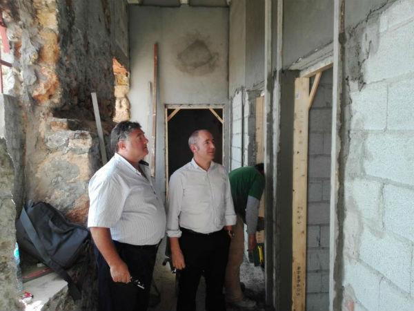 El ayuntamiento construye nuevos aseos en la Playa del Bil-Bil
