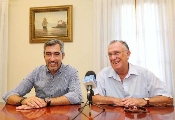 El Alcalde Víctor Navas presenta el nuevo Ciclo de Tertulias del Ateneo Libre ...