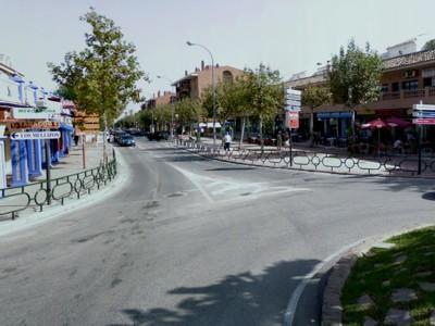 Corte parcial de tráfico en Avenida de la Constitución