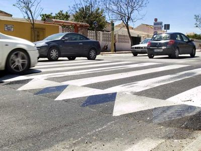 Regulación de la velocidad en algunas vías con bádenes
