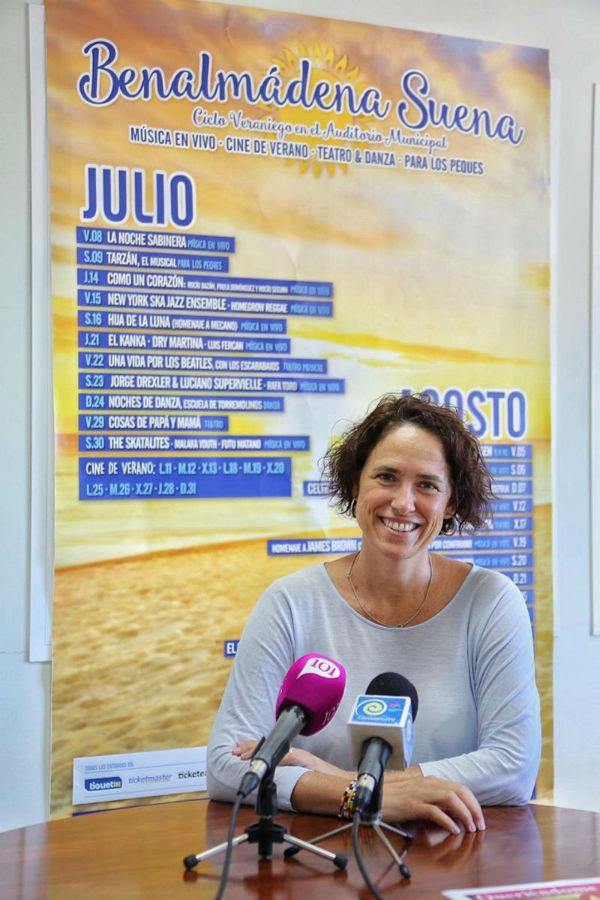La Concejala Ana Scherman destaca la afluencia de público y la calidad de los espectáculos en su balance del Festival 'Benalmádena Suena'