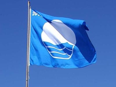 Cuatro banderas azules para las playas Benalmádena