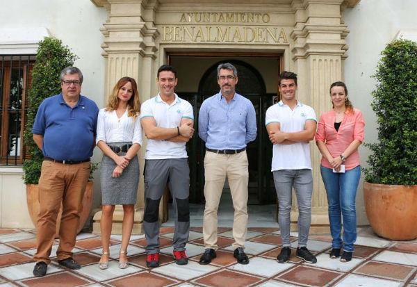 El Alcalde y los Concejales de Deportes y Puerto reciben a dos benalmadenses Campeones de Andalucía y Subcampeones de España de Barranquismo