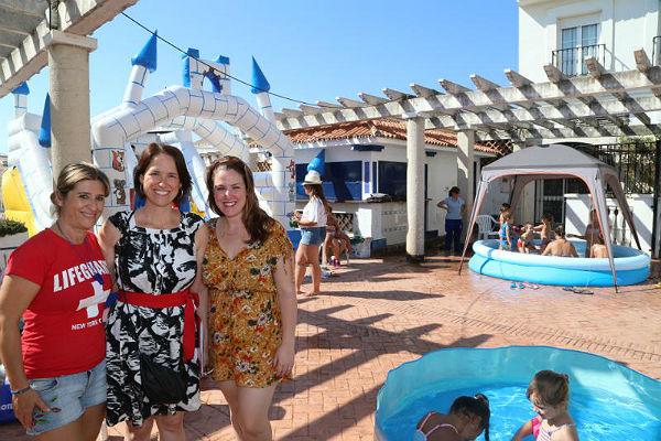La Concejala de Juventud acude a la Fiesta de Fin de Mes del Campamento de Verano del Espacio Joven