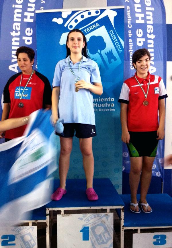 La benalmadense Julia Fernández destaca en el XI Campeonato de Andalucía de Natación Adaptada