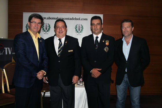 El LXI Congreso Nacional de Cocteleriá celebra su jornada grande con la dispuesta del Concurso Nacional para jefes de bar y jóvenes barman