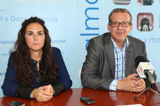 Francisco Salido agradece la colaboración de los centros educativos del municipio con la 'Caravana Solidaria' llevada a cabo desde Bienestar Social