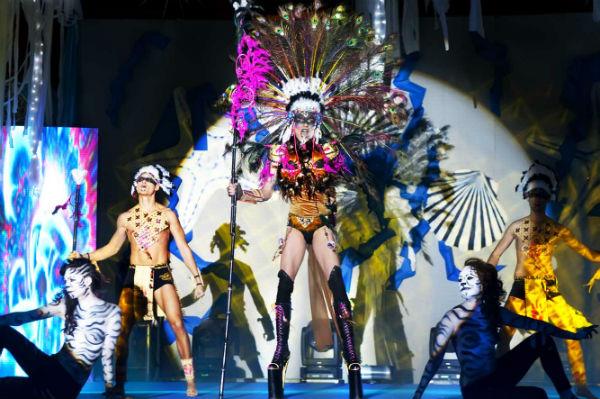 Benalmádena disfruta con intensidad de su primer fin de semana de Carnaval 2014