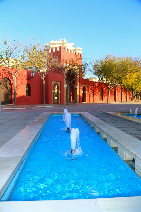 Escolares del municipio conocen los principales lugares de Benalmádena