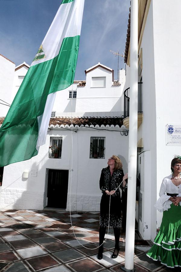 La alcadesa destaca la necesidad de construir una Sociedad más justa en Andalucía.