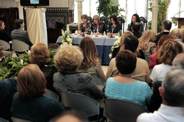 La alcaldesa preside el acto institucional con motivo del Día Internacional de la Mujer
