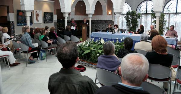 La biblioteca del pueblo celebra el Día del Libro con el acto 'Escritoras y escritores con voz'