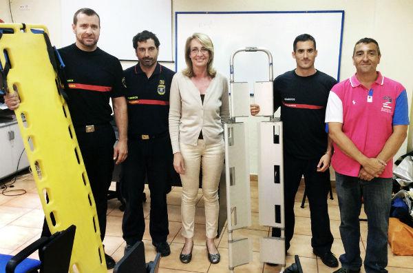 La alcaldesa asiste a la clausura de la jornada de formación para bomberos sobre pacientes politraumatizados