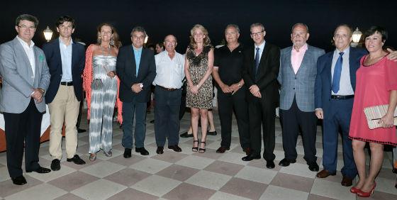 La alcaldesa preside la clausura del XXI Torneo de Pesca de Altura de Benalmádena