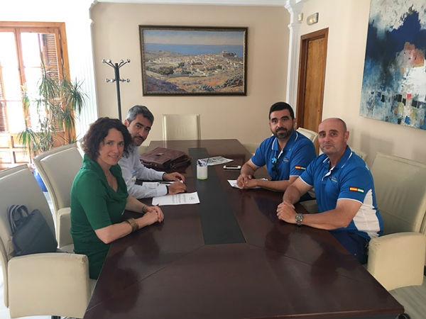 El Club Deportivo de Pesca de Benalmádena, en colaboración con la Delegación de Playas, han creado el premio 'Hijo Predilecto del Mar'