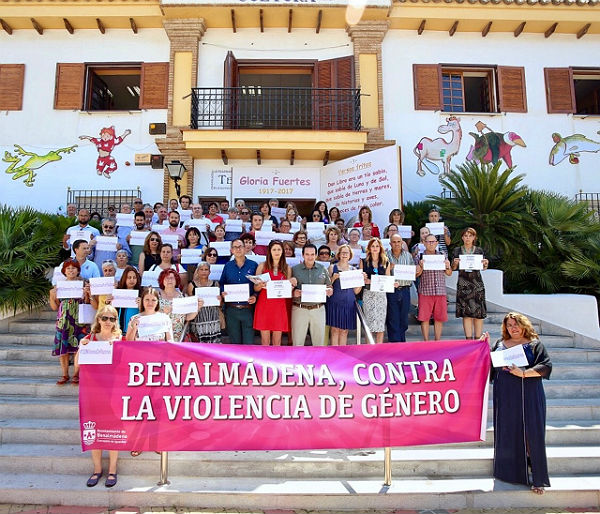 Benalmádena exige, en la Concentración 19J, un Pacto de Estado con una partida presupuestaria suficiente para la lucha contra la violencia machista