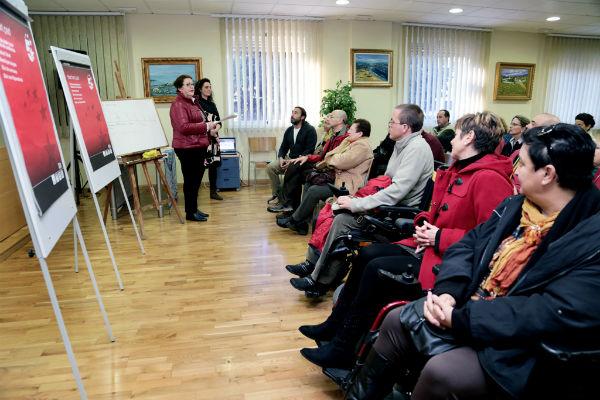 El Colegio de Médicos de Benalmádena centra su primera conferencia en la Bioneuroemoción