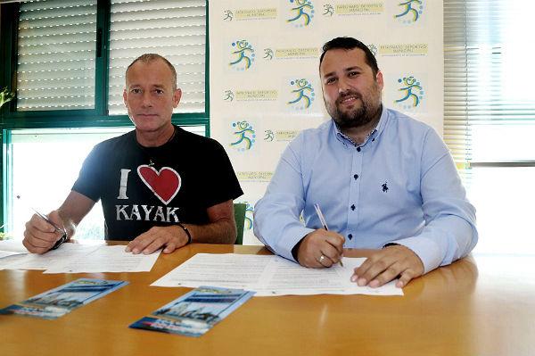 El Patronato Deportivo Municipal firma un convenio para impulsar las actividades náuticas en Benalmádena