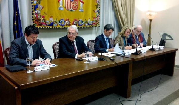 La alcaldesa firma dos convenios con el Ministerio de Turismo y con la EOI para impulsar un plan de mejora de la competitividad en Pymes