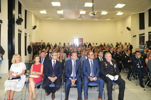 El Centro Náutico del Puerto Deportivo acoge el acto de celebración del Día de la Policía