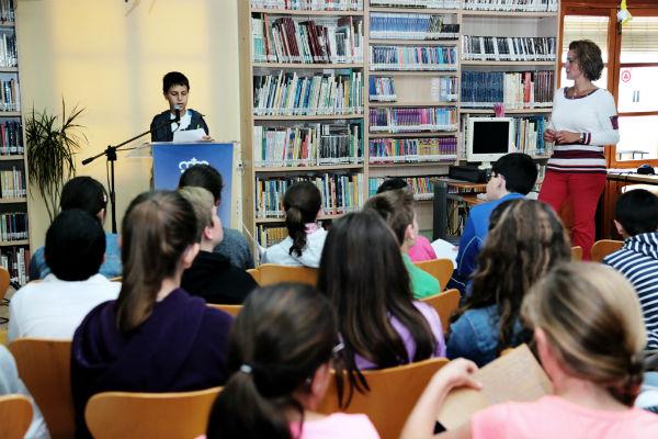 Alumnos del Colegio Jacaranda celebran el Día de la Interculturalidad con la lectura de Leyendas del Mundo