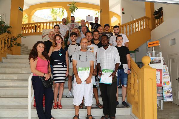 La Concejala de Empleo entrega los diplomas a los alumnos del Curso de 'Prevención de Riesgos Laborales para Trabajos de Albañilería'