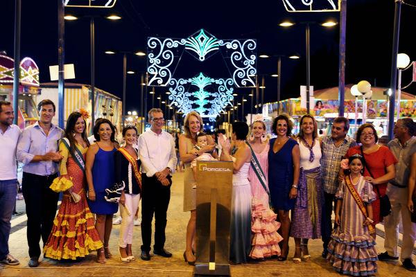 Arranca con intensidad y esplendor la Feria Virgen de la Cruz en Benalmádena Pueblo