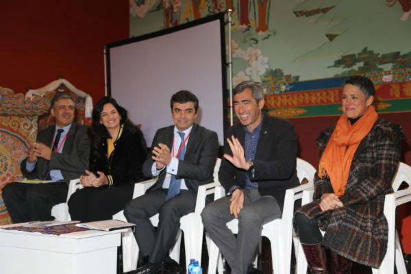 El Alcalde Víctor Navas y la Concejala Ana Scherman participan en la inauguración de la II Conferencia de la Unión Budista Europea