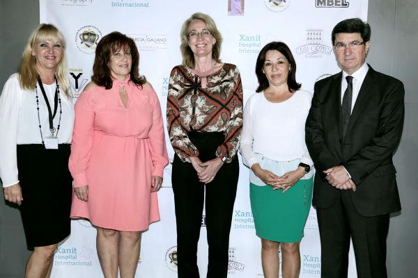 La alcaldesa participa en el encuentro social organizado por la Asociación Rusa de la Costa del Sol