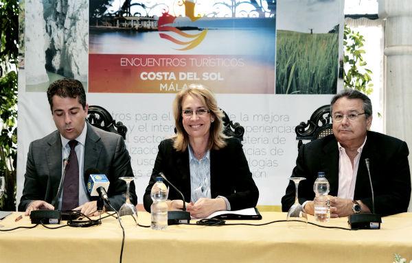 La alcaldesa preside un encuentro de empresarios del sector turístico centrado en el mercado británico