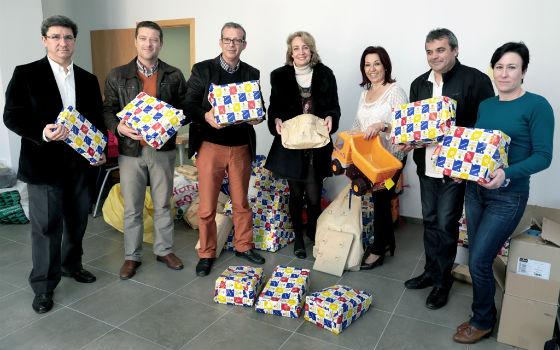 La regidora preside la entrega de regalos de la campaña 'Tu Juguete Estrella'